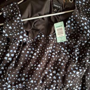 TORRID BLACK AND BLUE HEART CHIFFON DRESS